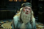 אלבוס דמבלדור במהלך השימוע של הארי פוטר, הסרט החמישי